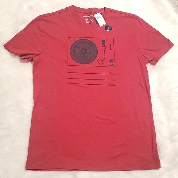 NWT BANANA REPUBLIC T-Shirt Size S